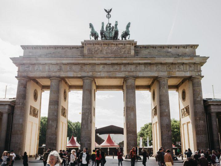 RUN Podcast Nürnberg | RUN #11 mit Multimillionen StartUp Gründer Benjamin Akinci von abl social federation (WLAN-Austatter u.a. der Stadt Berlin)